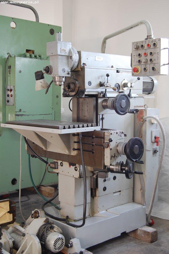 Frezarka narzędziowa AVIA FND 32 AT z 1987 roku